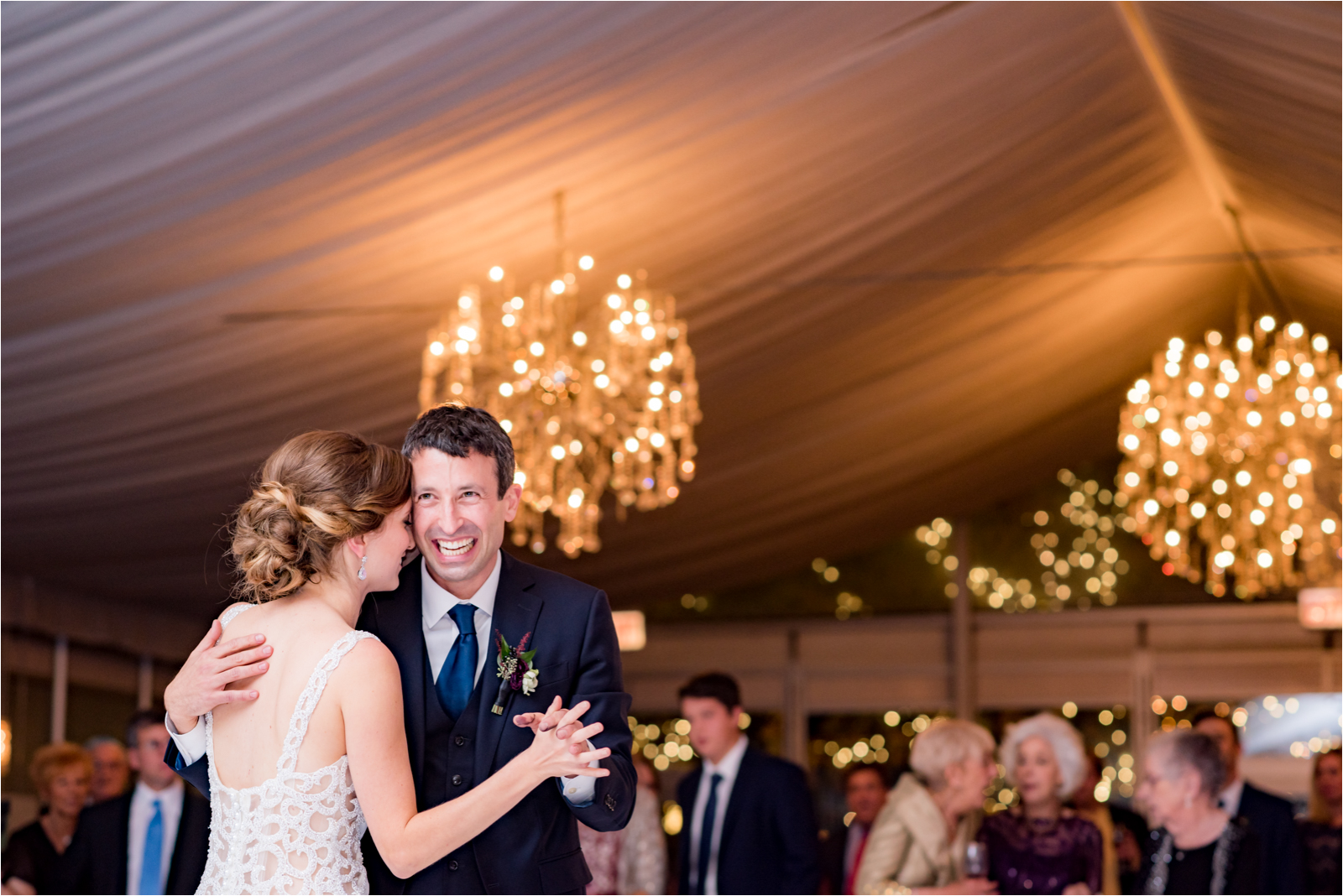 wedding-day-destination wedding photographer-destination-photographer-chicago-illinois-malone-bubman-galleria-marchetti-jessica-capozzola-focus-on-joy-photography-first-dance-bride-groom